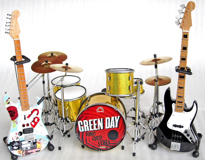 Featured Ebay Items Miniature Green Day Instruments